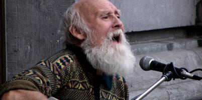 singing-on-the-street-1563510-1280x960