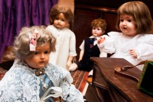 dolls-547626_640